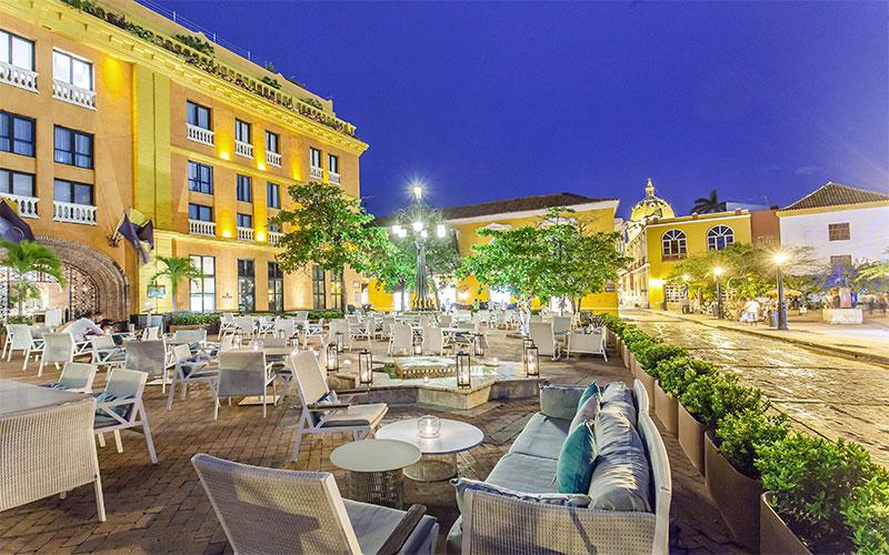 Plaza Santa Teresa Restaurant